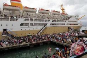 Arus balik di pelabuhan Tenau mencapai 26.534 penumpang