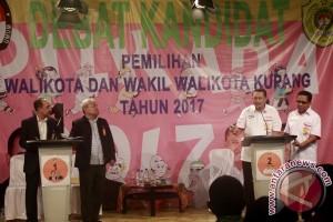 DEBAT PUBLIK PERTAMA CALON WALI KOTA KUPANG