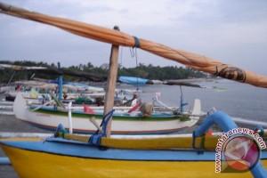 55 Kapal Untuk Nelayan Rote Belum Diserahkan