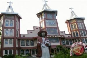 Catholics in Kupang Celebrate Mass to Mark Independence Day