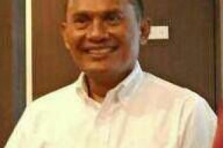 Flori Mekeng penjabat bupati Sikka