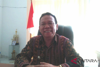 Korinus Masneno ambil alih tugas bupati Kupang