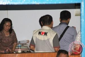 Penyidik KPK masih geledah kantor konsultan pembangunan