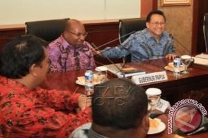 Bahas Otsus Papua