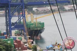 Pelabuhan Jayapura tambah dua