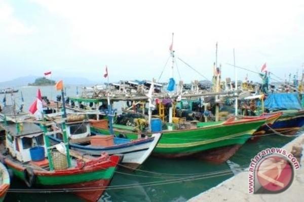 Pemkot Jayapura beri GPS kepada sembilan kelompok nelayan