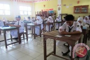 Mendikbud: tidak ada perubahan peraturan terkait K13
