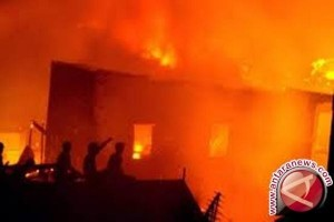 Kantor KPU Nduga terbakar