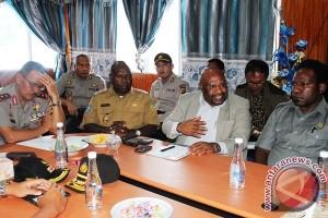 Legislator dorong insiden Tolikara diselesaikan secara adat