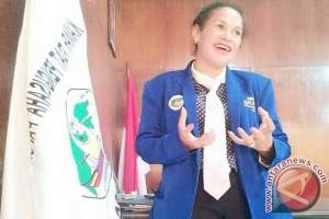 Kamar Adat Pengusaha Papua lirik pengembangan pariwisata