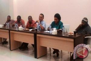 Pemuda Adat gelar diskusi solusi penyelesaian Freeport
