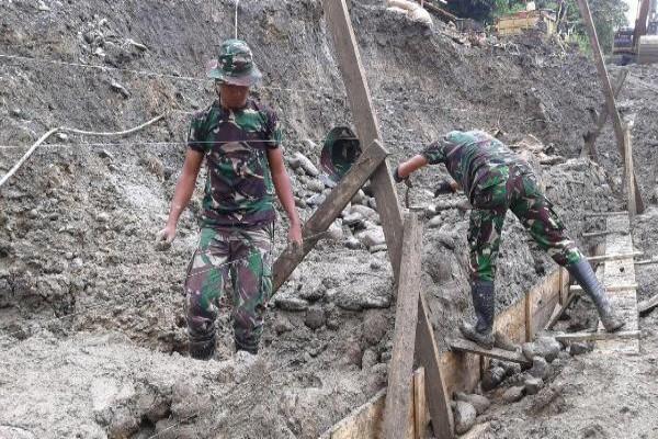 TNI in Papua