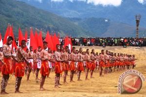 Tarian kreasi Prajurit TNI di Papua