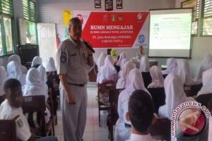Jasa Raharja Papua gelar program BUMN Mengajar
