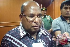 Gubernur: jalan transPapua akan percepat pertumbuhan ekonomi