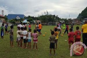 UPFC-CAC siapkan 50 pemuda Papua sebagai pelatih bola
