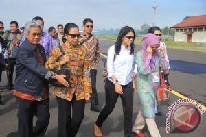 Menteri BUMN saat berkunjung ke Papua