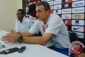 Pelatih Arema sebut pemain Persipura berbakat