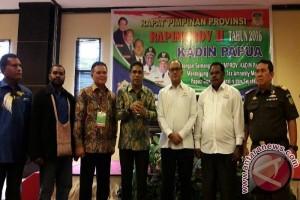 Kadin Papua mengharapkan rute pelayaran ke PNG