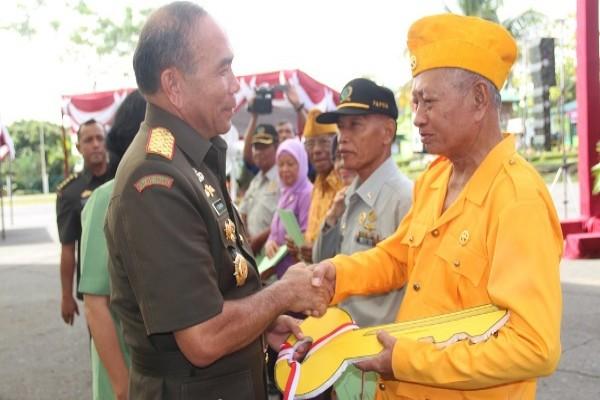 Pangdam Cenderawasih pimpin upacara Hari Juang Kartika ke-71