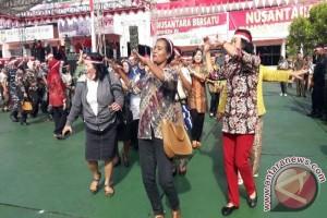 Peserta aksi Nusantara Bersatu di Jayapura Papua