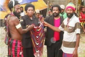 Catatan akhir tahun - Tujuh kabupaten pertahankan kearifan lokal Pilkada Papua