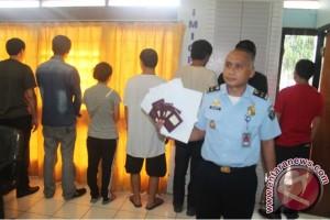 Imigrasi Merauke amankan tujuh warga Tiongkok