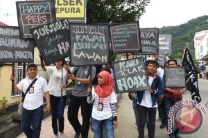 Aksi jurnalis Jayapura di Hari Pers Nasional 2017
