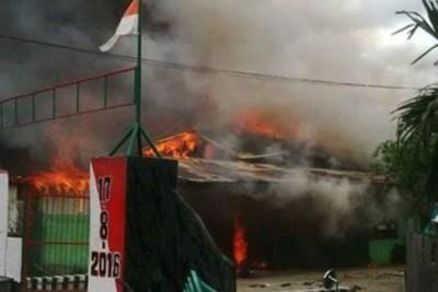 Kebakaran menghanguskan empat petak perumahan Kodam Cenderawasih di Kotaraja