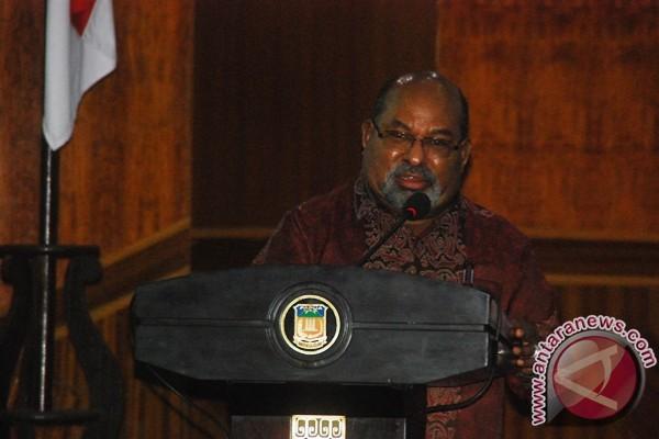 Gubernur Papua peringatkan kabupaten/kota terkait maraknya penebangan liar