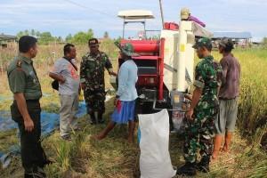 Dandim Paniai serap aspirasi petani terkait program swasembada pangan