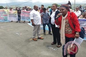 Seratusan pengusaha asli Papua demo di BBPJN X