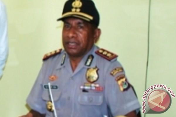Polisi Jayawijaya dan Dewan Adat Baliem razia senjata tajam