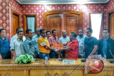 Delapan parpol menolak hasil rapat pleno KPU Mimika