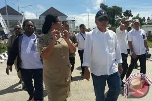 Menteri PU-PR tinjau bangunan PLBN yang akan diresmikan Presiden