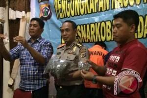 Polisi Papua tangkap sipir pemasok narkoba di Lapas Doyo Baru