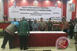 Forkopimda Papua menandatangani kesepakatan penolakan radikalisme