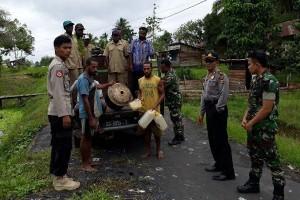 TNI-Polri razia pembuatan minuman beralkohol di Tamanim Mappi