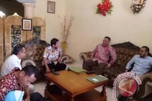 Waterpauw daftar di PKS untuk Pilkada Papua