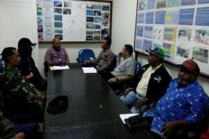 Anggota Koramil Tembagapura hadiri pertemuan terkait perkebunan liar