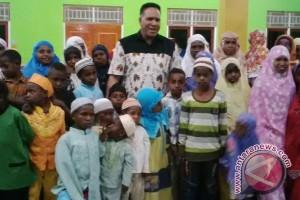Irjen Paulus Waterpauw hadiri buka puasa bersama Muslim Jayawijaya