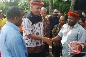 Irjen Waterpauw berbagi pengalaman dengan OMK Jayawijaya