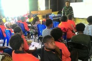 Yonif 405/Surya Kusuma gelar penyuluhan hukum di perbatasan RI-PNG