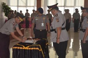 Kapolda pimpin sertijab Direktur Binmas Polda Papua