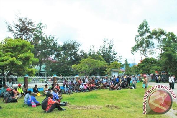 Puluhan guru di Jayawijaya hentikan proses pengajaran