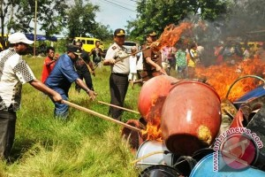 Polres Merauke musnahkan ribuan liter minuman keras