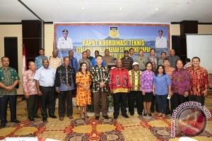 Wagub Papua dorong staf ahli berpartisipasi dalam kebijakan