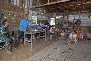 Satgas TMMD motivasi warga Arimop budi daya ikan