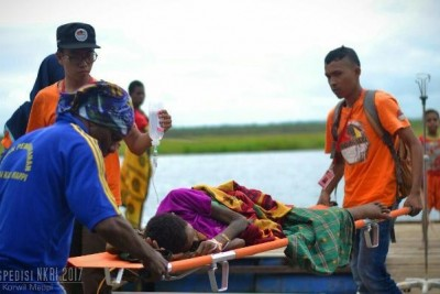 Tim ekspedisi NKRI bantu Evakuasi pasien TBC di Mappi