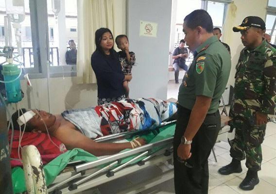 Anggota TNI korban pertikaian nelayan Mimika dievakuasi ke Surabaya